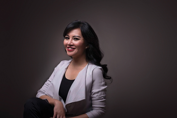 Born On Th March  In Mempawah Mother Of Two Karolin Margret Natasa Spent Her Elementary And High School Years In West Kalimantan Especially In